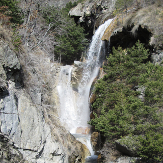Cascade au Lauzet-Ubaye